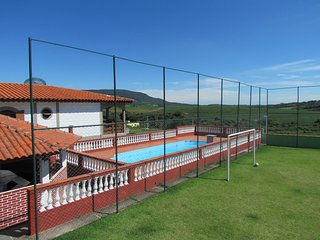 Chacara c/ Piscina + Churrasqueira + Campo Futebol e Salao de Jogos.