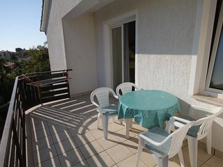 Veli Maj Apartment Sleeps 4 with Pool Air Con and WiFi - 5578373