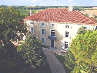 Le Castel Pierre, Maison 4* en Gascogne, Piscine et spa center, 14-18 pers