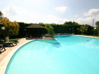Oria Villa Sleeps 8 with Pool Air Con and WiFi - 5248116