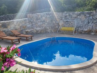 Amazing home in Medovdolac w/ WiFi, Outdoor swimming pool and 3 Bedrooms (CDC559