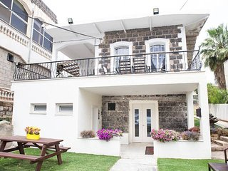 Oasis - Renovated Historic House