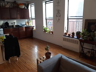 Private Room in 2-Bedroom Flat- Single Occupancy- Share with (1) Flat-Mate