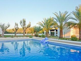 Villa con piscina en Santa Gertrudi
