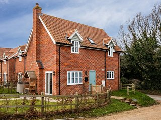 1 Roseanna Cottage
