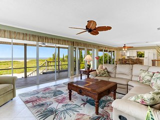 5-Bed Family Beach Vacation Getaway on Ft. Myers Beach