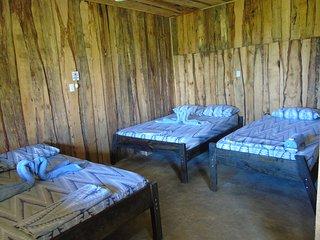 Drake Bay Holiday Home Sleeps 5 with Pool Air Con and WiFi - 5711531