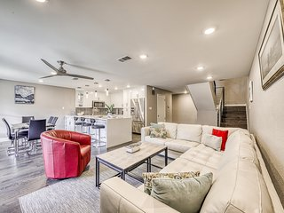 Exquisite, family-friendly condo w/ a boat lift & jet ski ramp - dogs welcome!