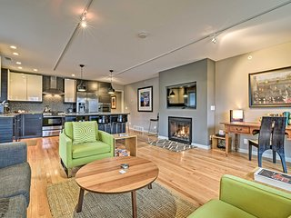 NEW! Contemporary Townhome 2 Miles from Oval Beach