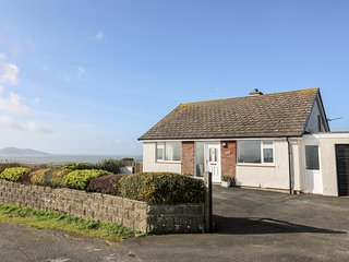 YR ORSEDD , 3 Bedroom(s), Church Bay