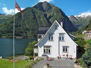 Villa Esefjord (FJS003)