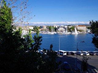 Zadar Apartment Sleeps 4 with Air Con - 5472147