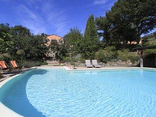 Sant'Abundio Villa Sleeps 14 with Air Con and WiFi - 5637524
