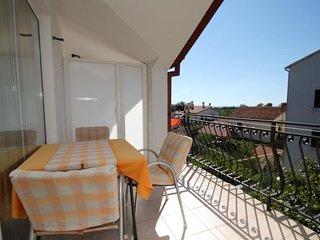 Rovinj Apartment Sleeps 4 with Air Con - 5467031