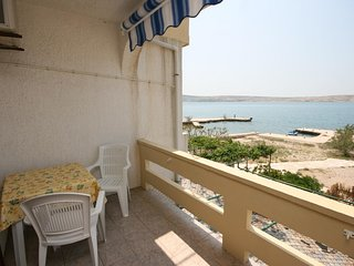Franjevica Apartment Sleeps 4 with Air Con and WiFi - 5466041