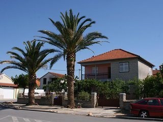 Biograd na Moru Apartment Sleeps 6 with Air Con - 5465455