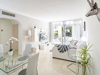 LT- Cozy 2 bedroom apartment in La Quinta