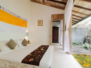 Deluxe Room with Superb Natural View in Plaga