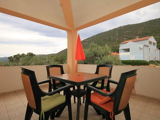 Sv. Filipi i Jakov Apartment Sleeps 4 with Air Con and WiFi - 5467809