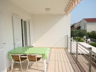 Novalja Apartment Sleeps 4 with Air Con - 5465883