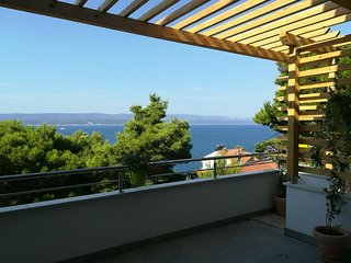 Mimice Apartment Sleeps 8 with Air Con and WiFi - 5472407