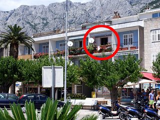 Makarska Apartment Sleeps 3 with Air Con - 5466665