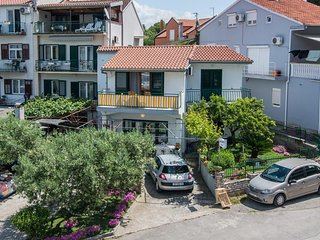 Biograd na Moru Apartment Sleeps 6 with Air Con - 5568480