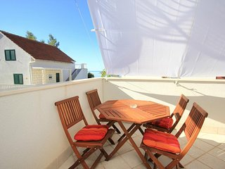 Orebic Apartment Sleeps 4 with Air Con and WiFi - 5470073