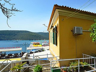 Rabac Apartment Sleeps 5 with Air Con - 5471155