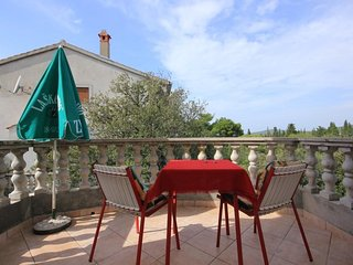 Donje Selo Apartment Sleeps 2 with Air Con and WiFi - 5468509