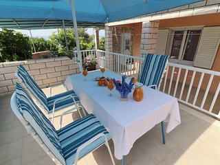 Apartments Villa Marijana - One Bedroom Apartment with Terrace and Garden View