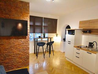 Apartment Lisinski, CENTER, privat parking, free wifi and cabelTV