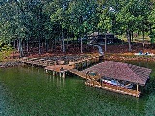 Luxury on Woodstream