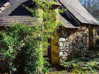 Gites 'Vert par Nature' - Borie et ses dependances - Perigord Noir proche Sarlat