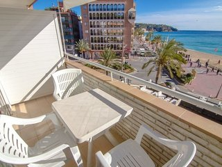 Lloret de Mar Apartment Sleeps 2 with Air Con and Free WiFi - 5509100