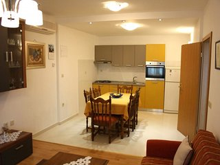 Holiday home 142258 - Holiday apartment 150331