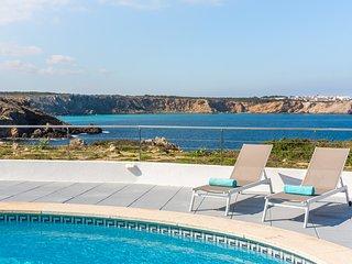 Villa Pilar-Stunning seaviews-Free AC and WiFi-Beach