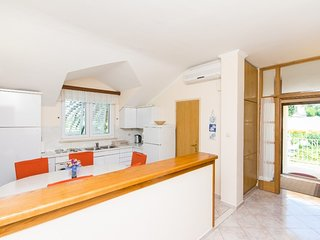 Holiday home 165459 - Holiday apartment 168801