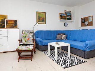 Holiday home 194325 - Holiday apartment 235737