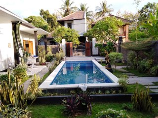 Cozy nice Family Villa fully furnished with 3 bedrooms and indoor 3 bathrooms.