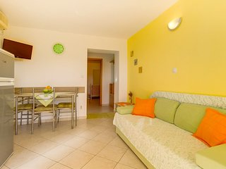 Holiday home 108217 - Holiday apartment 223323