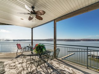 New Lake Ozark Palisades Waterfront Listing! Is This Heaven? No it's Misssouri!