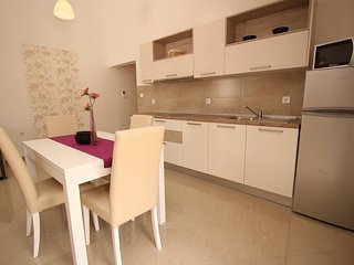 Holiday home 186621 - Holiday apartment 217959