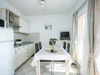 Holiday home 133937 - Holiday apartment 180684