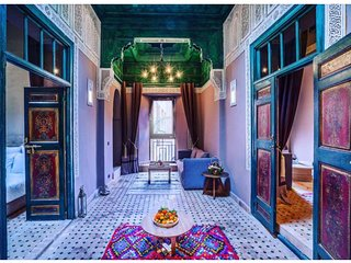 Exclusive residentiel Riad next to the Royal Palace Kasbah Medina fully staffed