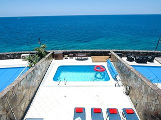 Puerto Calero Villa Sleeps 6 with Pool Air Con and WiFi - 5630249