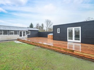 Awesome home in Væggerløse w/ WiFi and 4 Bedrooms (K16240)