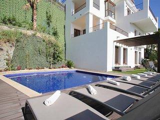 Benahavis Hills CC · Benahavis Hills Country Club & Spa Exclusive Villa