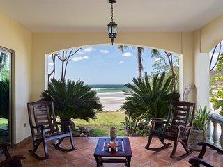 Villas Iguana Beachfront A-2