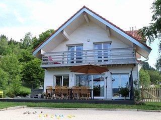 Chalet 4* luxe au calme,sauna,piscine, jacuzzi,pétanque,aire/jeux,babyfoot,jeux